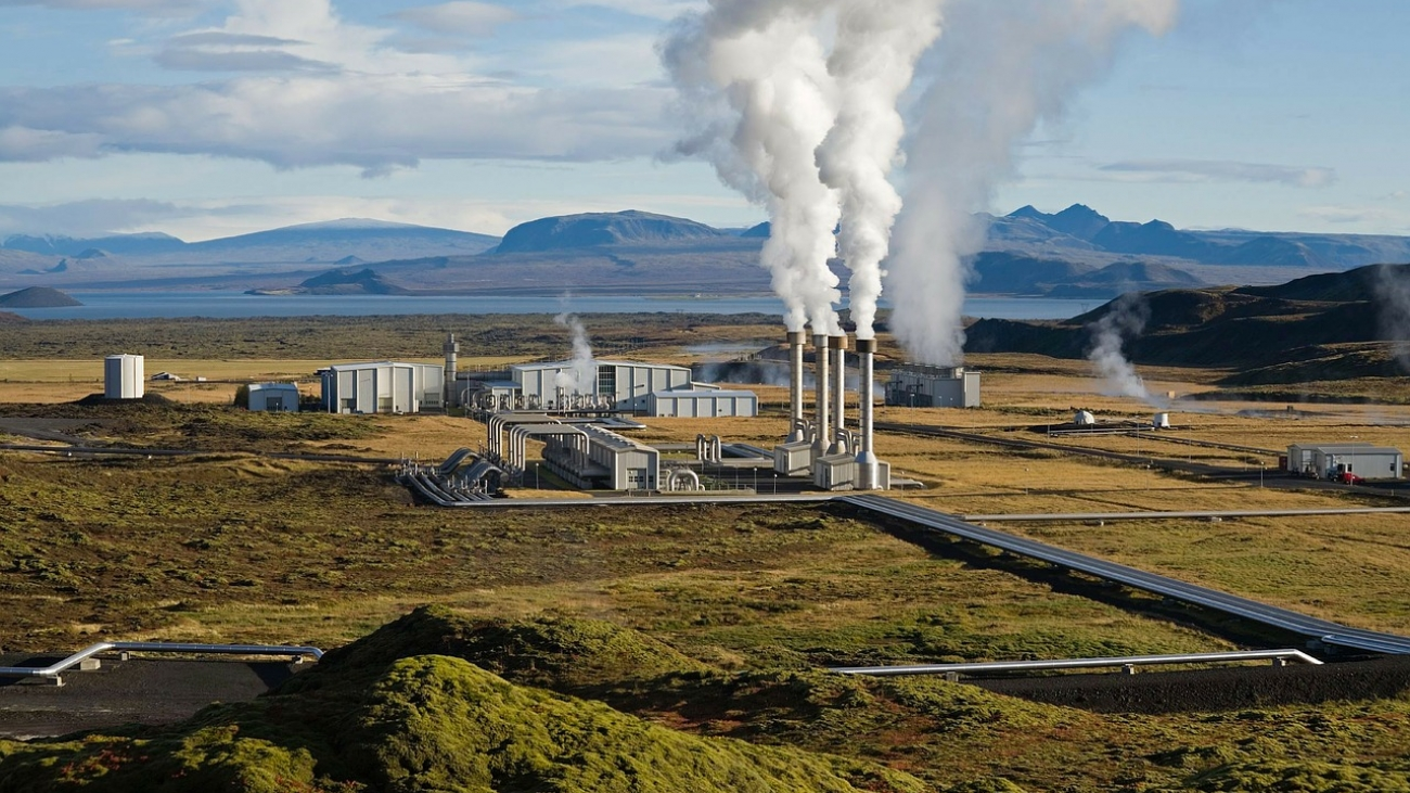 power-plant-67538_1280
