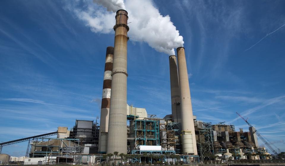 power-plant-815799_1280