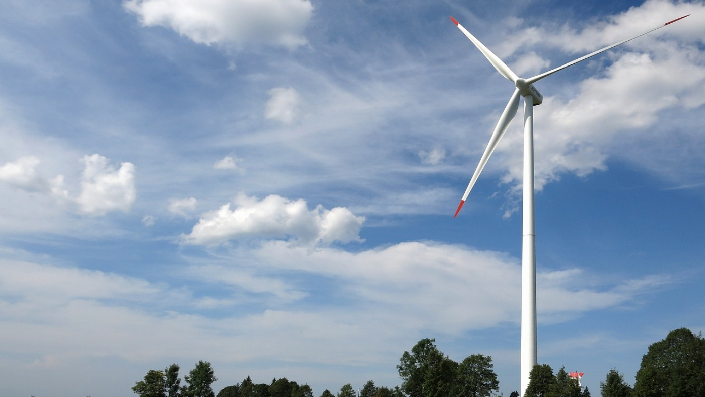 wind-power-1628671_1280