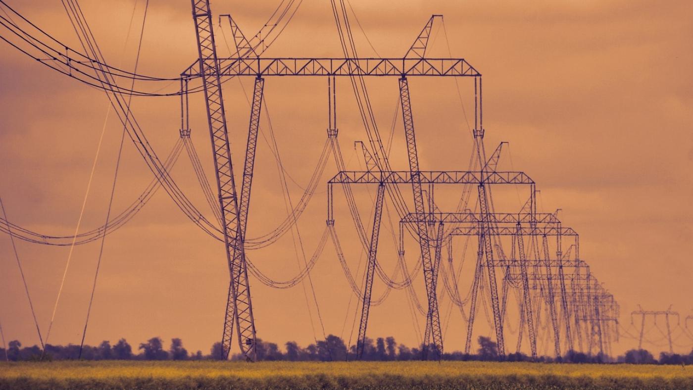 high-voltage-4240551_1280