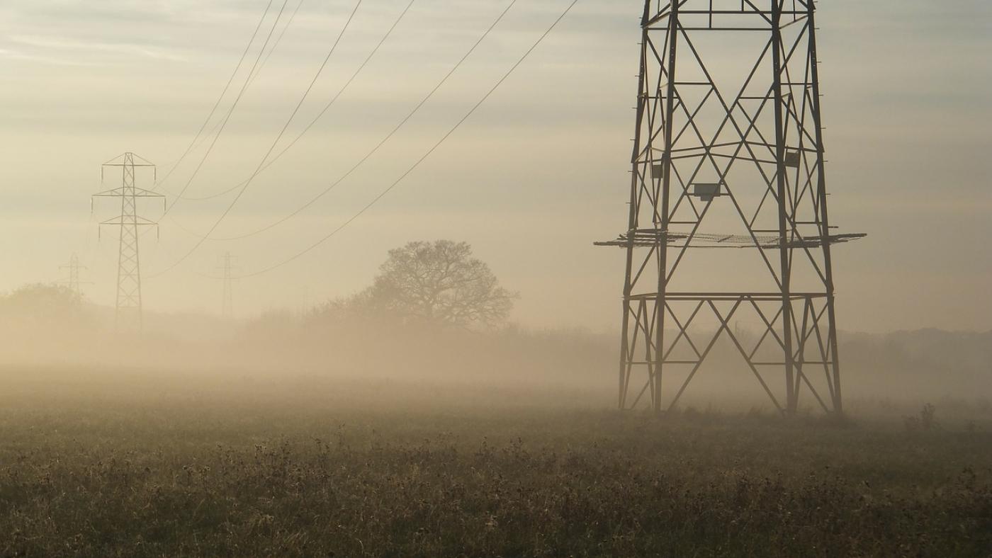 power-poles-252203_1280